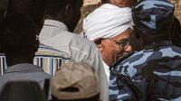 Terduga Genosida Sudan, Omar Al-Bashir Diperiksa Kejaksaan 2
