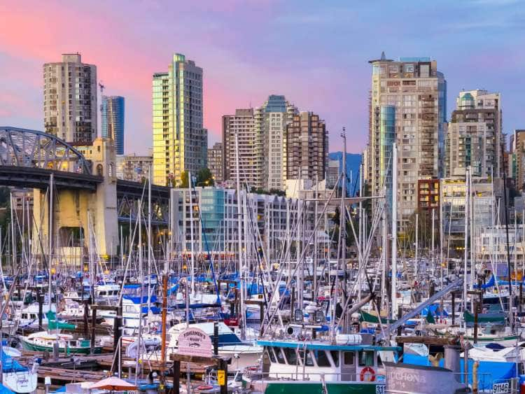 Vancouver (sumber: canadalive)