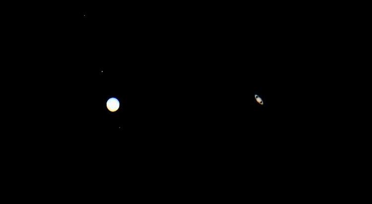Potret apiknya konjungsi Planet Jupiter dan Saturnus dari berbagai belahan bumi (CNN)
