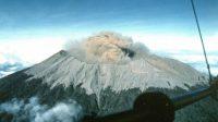 Gunung Raung Kembali Mengeluarkan Suara Gemuruh