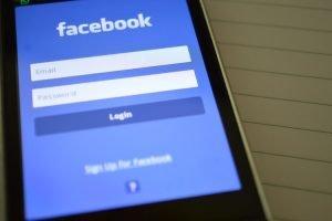 Setengah miliar lebih data pengguna Facebook dicuri! (NET)