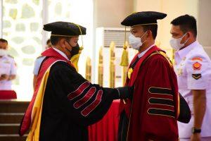 Universitas Pertahanan Kukuhkan Gelar Profesor kepada Rektor Unhan