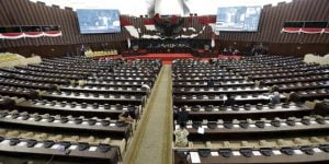DPR Gelar Rapat Paripurna Masa Sidang V, Sejumlah Pimpinan Hadir Secara Fisik