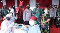 TNI tinjau vaksinasi covid-19 (net)