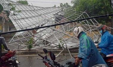 Hujan Disertai Petir dan Angin Kencang, LAPAN Sebut Depok Jadi Pusat Pembentukan Badai 1