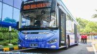Peduli Lingkungan, Wagub DKI Ajak Warga Jakarta Gunakan Bus Listrik
